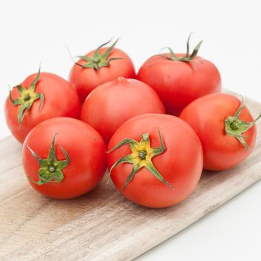 Svež organski paradajz (pak 500g)