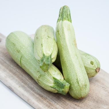Organic Belgradian zucchini (per kilo)